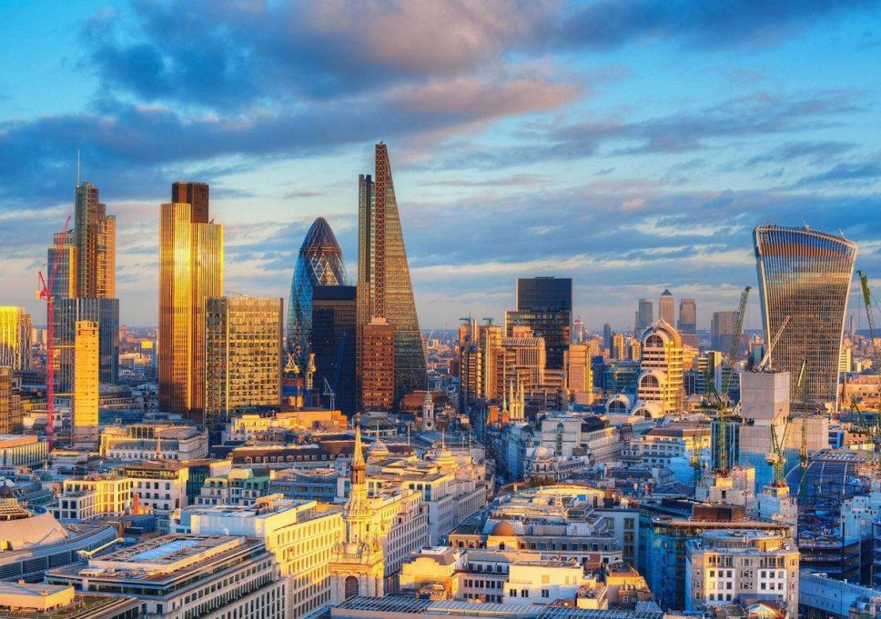 web-london-city-corbis - Copy